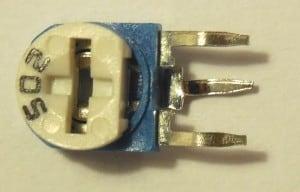 Przykładowy potencjometr montażowy