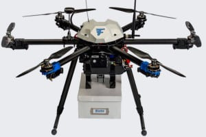 dron_dostawca_quadrocopter