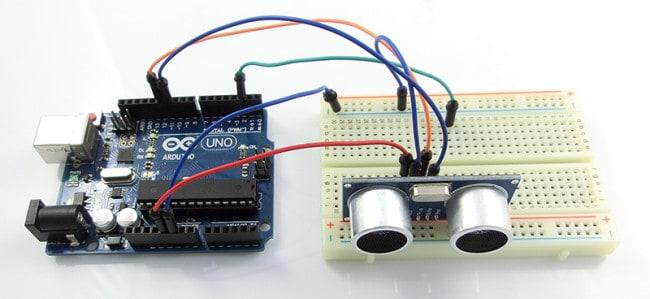 Podłączenie czujnika HC-SR04 do Arduino.