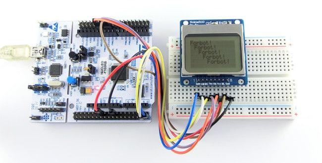 Wyświetlanie napisów na wyświetlaczu przez SPI na STM32.