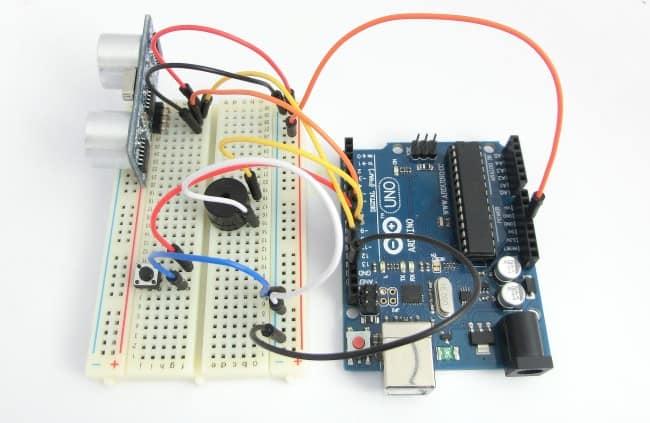 Kurs Arduino - układ do testowania łączenia warunków w praktyce.