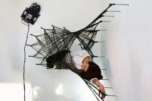 Roboty zbudują dla Ciebie hamak z włókna węglowego