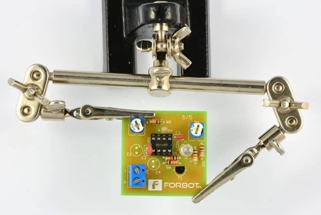 Krok 9: Montaż diody RGB.