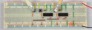 Przycisk lewy oraz ten pod platformą – dioda świeci.
