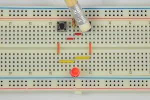 Drugi przycisk wciśnięty – dioda świeci.