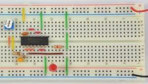 Generator na bramce NOT – dioda wyłączona.