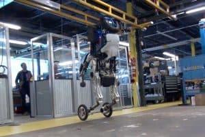 Handle od Boston Dynamics – dwunożny robot na kołach