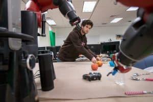 Polecenie nie było zrozumiałe? Ten robot zapyta o szczegóły!
