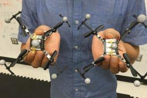 Wirtualny zderzak zapobiega kraksom dronów
