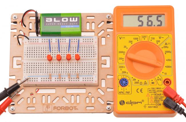 Najprostsze połączenie kilku diod.Wykorzystana uniwersalna podstawka.