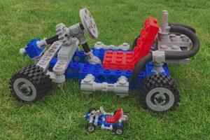 Gokart z klocków LEGO wydrukowanych w 3D