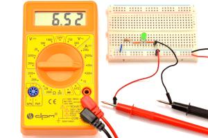 Pomiar przy wersji rezystor + dioda.