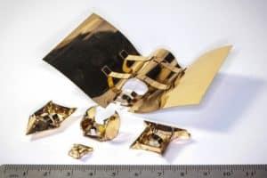 Łódka? Lotnia? Ten robot-origami zmienia swój pancerz!