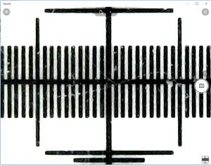 Widok z kamerymikroskopu w aplikacji Aparat.