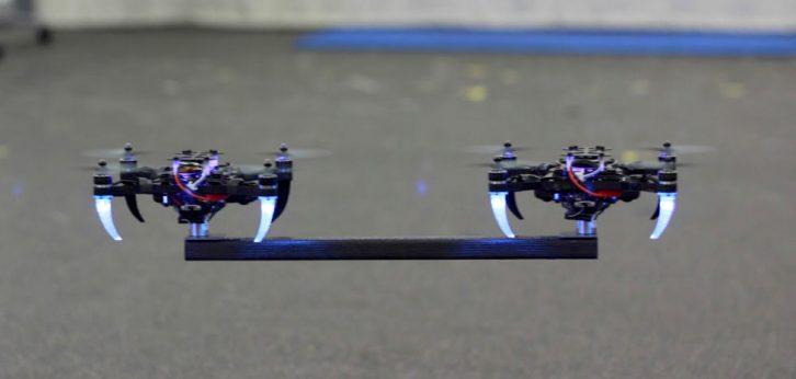 Współpracujące ze sobą drony.