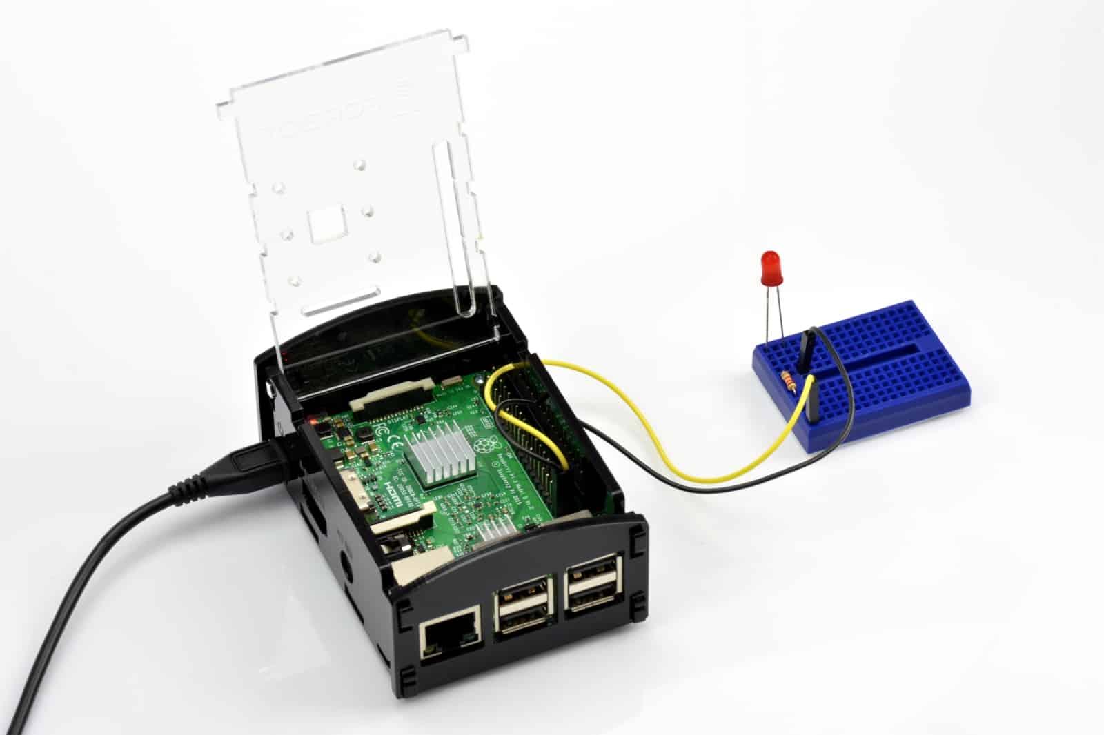 Kurs Raspberry Pi – #12 – podstawy GPIO, skrypty • FORBOT