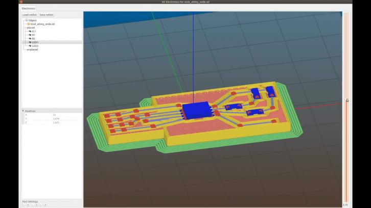Program Slic3r wraz z modelem układu elektronicznego.
