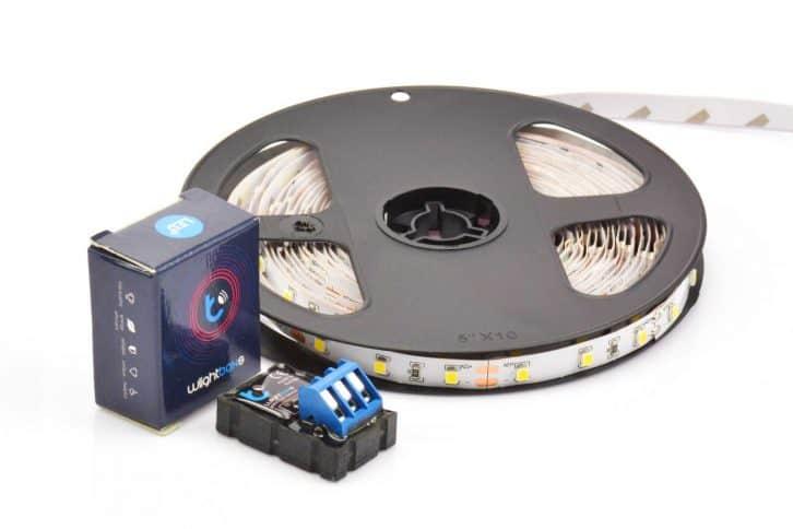 Miniaturowy moduł BleBox wLightBoxS.