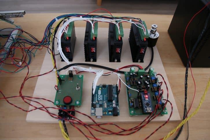 Elektronika sterująca platformą.