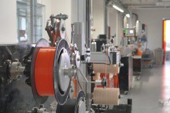 Linia produkcyjna filamentu.