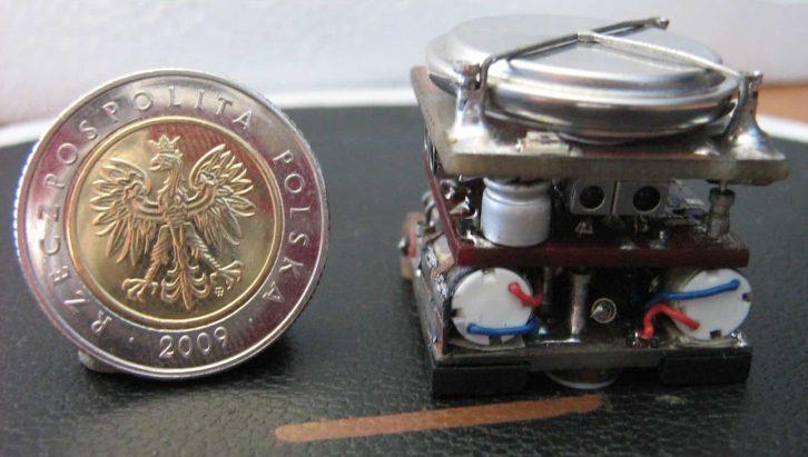 Przykładowy projekt robota QUATRO opisany na naszym forum.