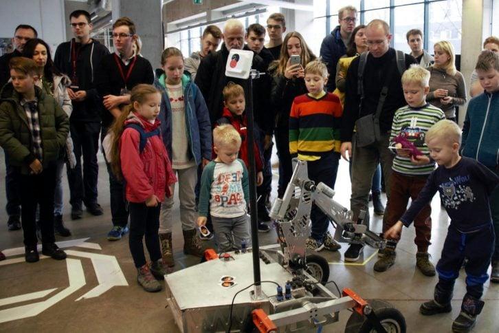 Przykładowy robot, zgłoszony do konkurencji Freestyle.