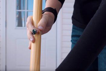 Czujnik na paznokciu pomoże zwalczyć chorobę Parkinsona?