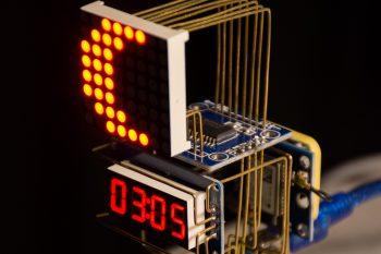 Arduino sercem oryginalnego zegara astronomicznego