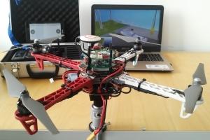 AI-QUADRO - Stanowisko do badania platform wielowirnikowych