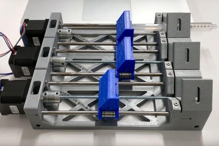 Mechanizm potrójnej pompy strzykawkowej