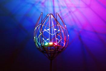 Magiczny mechaniczny tulipan LED na Arduino