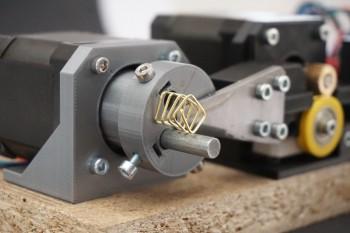 Miniaturowa giętarka CNC na Arduino