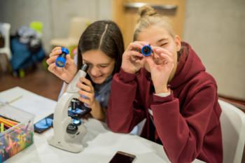 Uwaga młodzi naukowcy: trwają zapisy do Konkursu Explory!