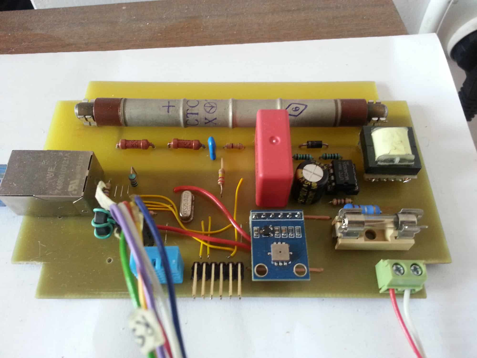 EtherGeiger - sieciowy detektor promieniowania jonizującego