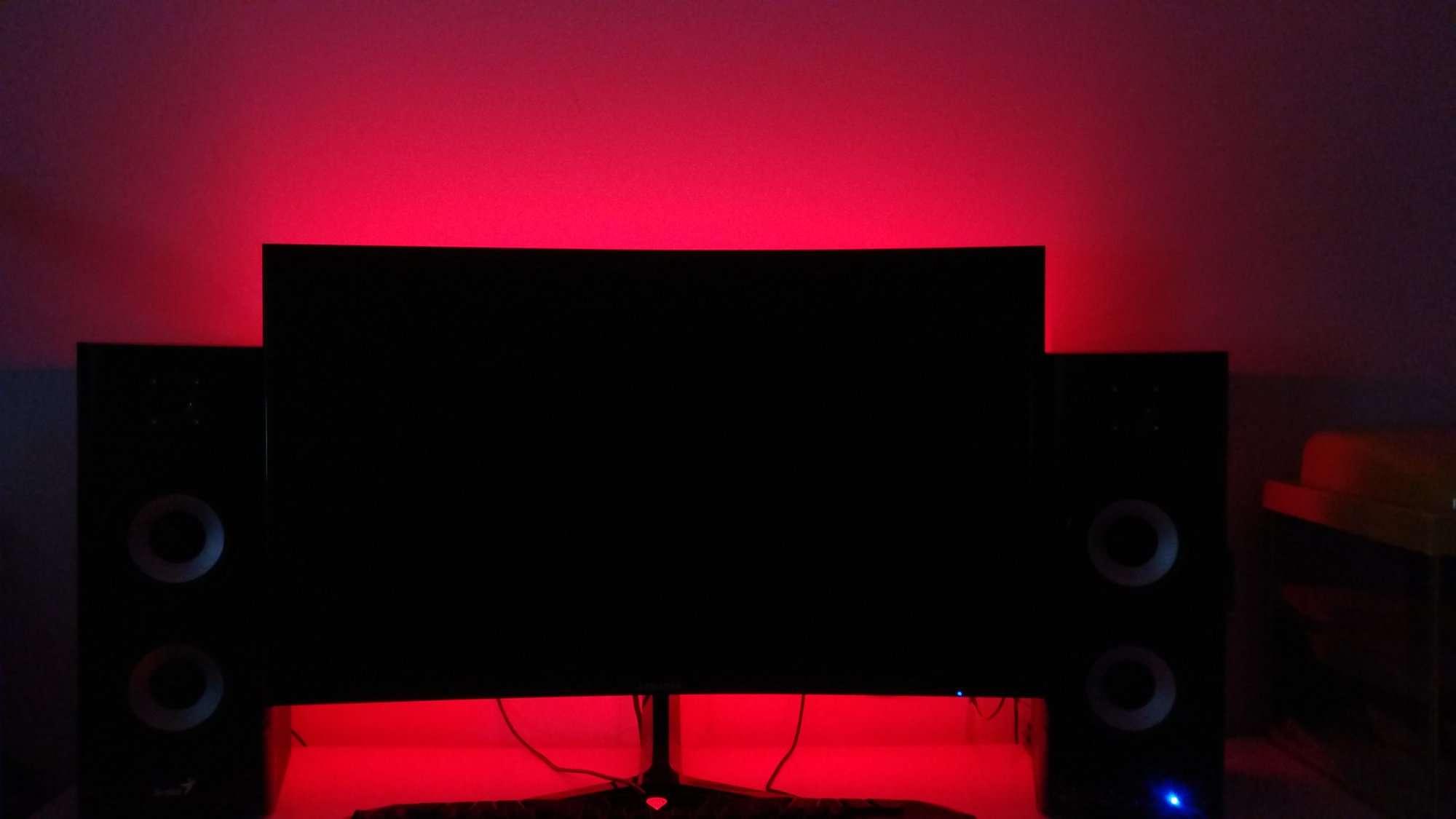 Oświetlenie RGB monitora sterowane przez Arduino