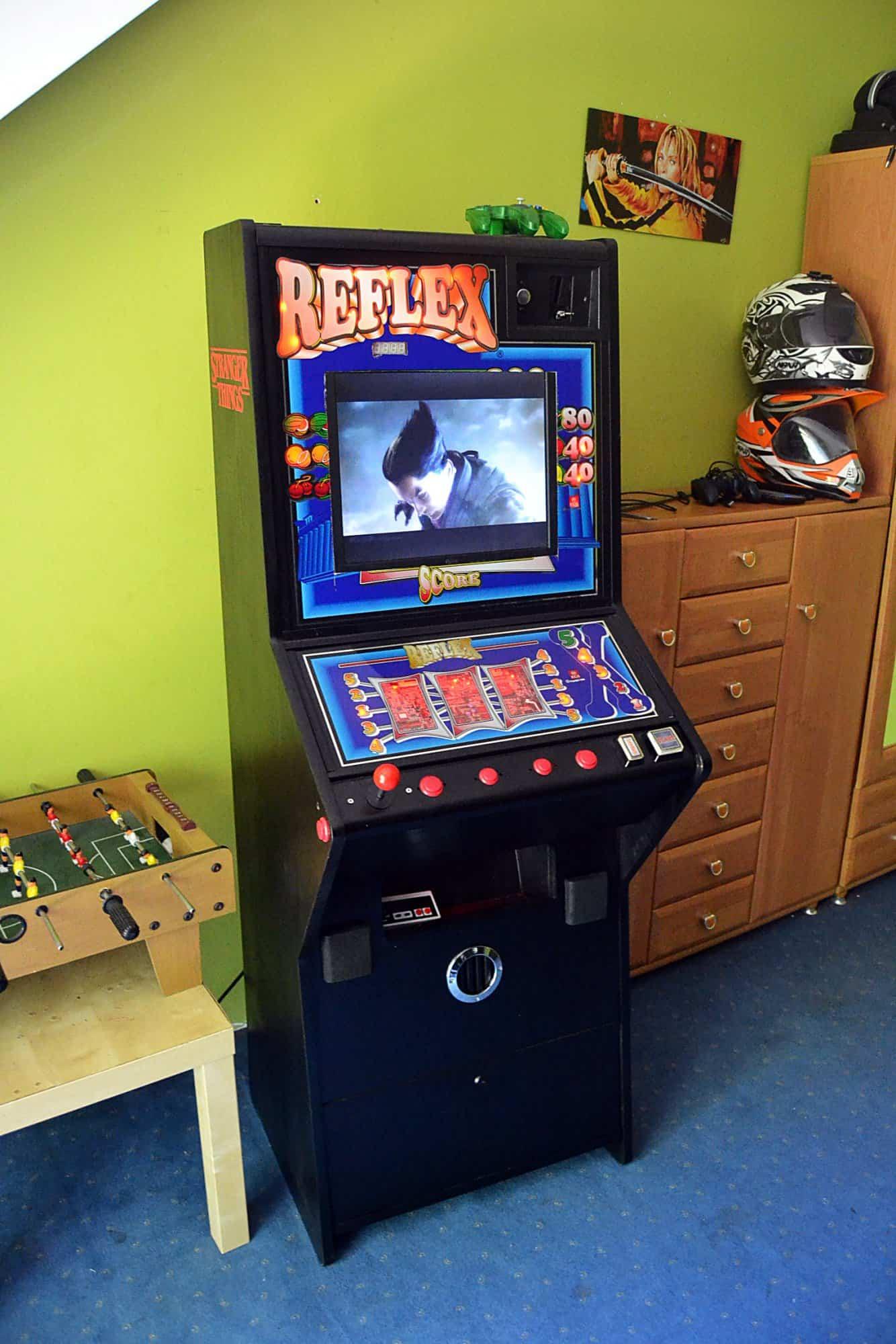 Automat do gier + głośniki i schładzarka do napojów, Raspberry Pi
