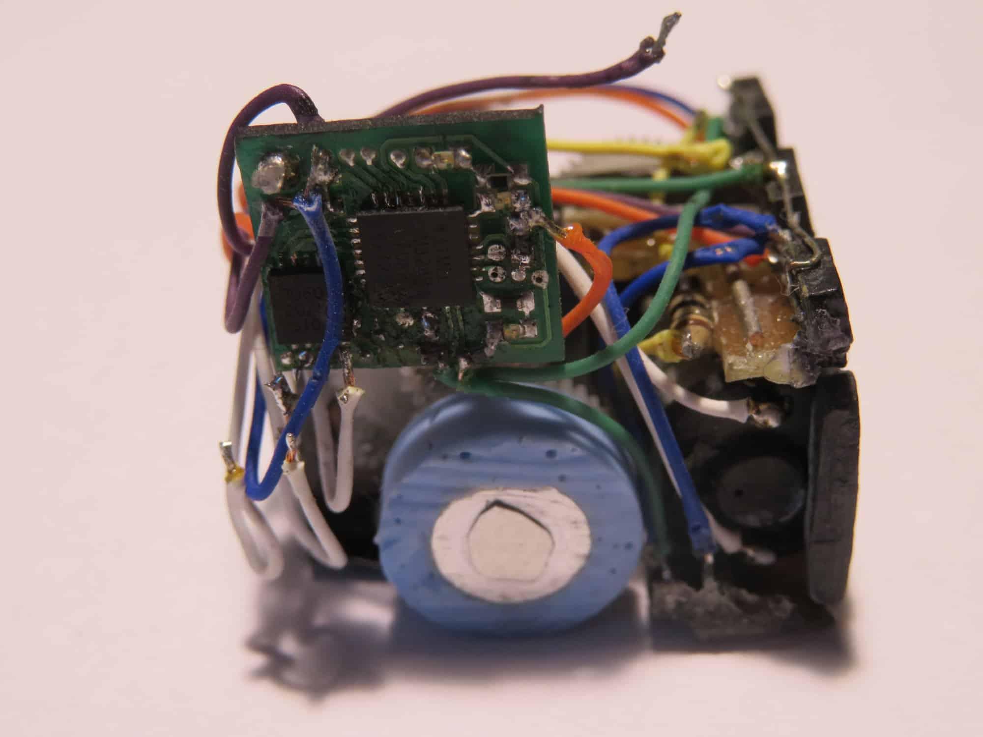 RoSOZaPoLas - robot nanosumo