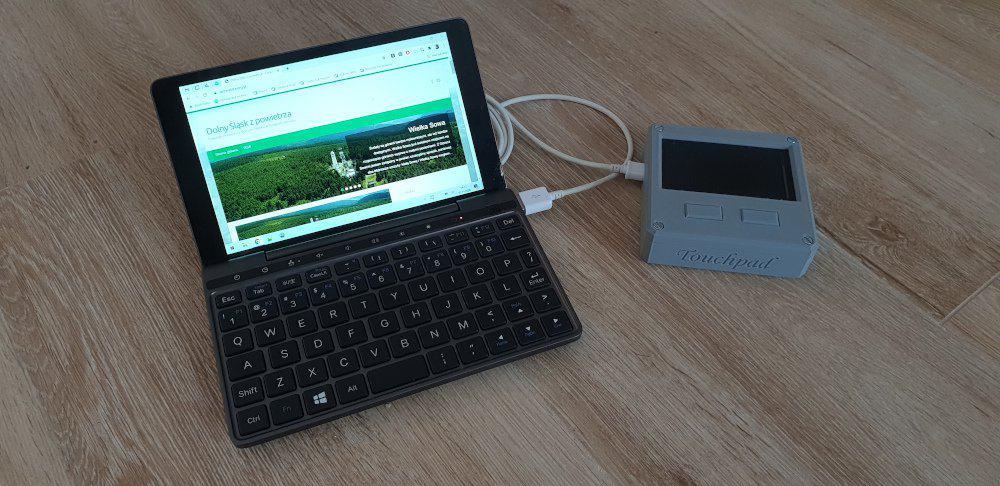 Touchpad z odzysku